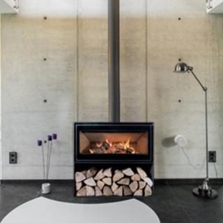 Poêle à bois Modul Art espace mural et casier 16/9 8,5kW