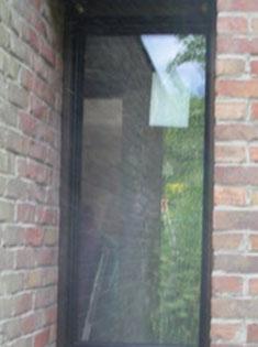 Pose de fenêtres PVC, marque Amgo