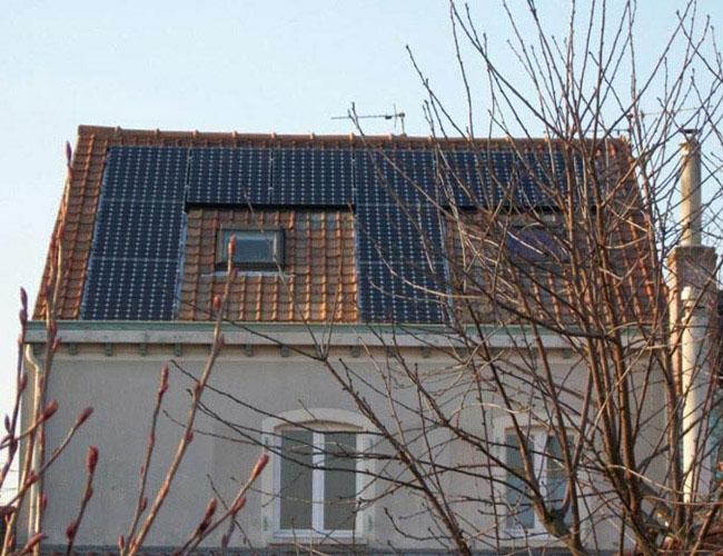 Installation de 10 panneaux solaires photovoltaïques à Annoeulin