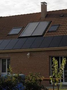 Installation de 13 panneaux solaires photovoltaïques SUNPOWER 220