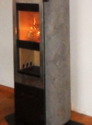 Pose d'un poêle à bûchess Xeoos Classic 8 kw