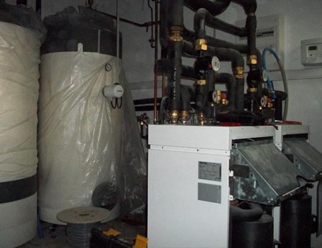 Installation de 2 pompes à chaleur en géothermie verticale